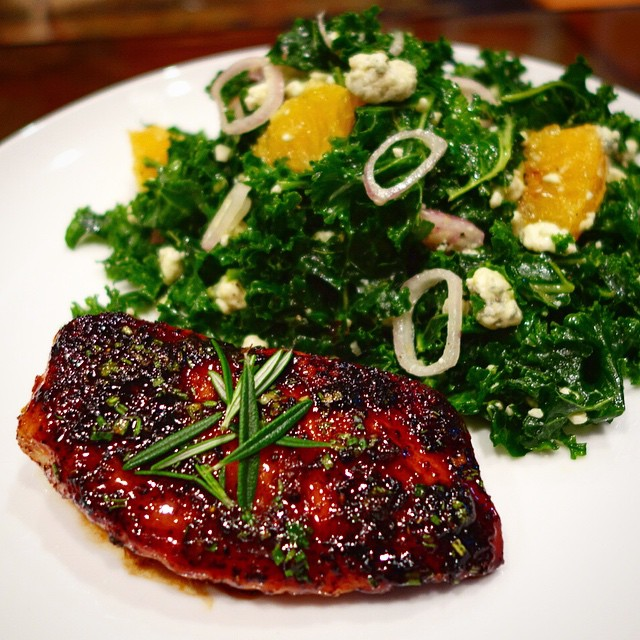Home Chef - Honey-rosemary chicken with bleu cheese, kale and citrus salad