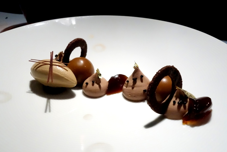 "L'Atelier – by Joël Robuchon, Las Vegas –  Dessert – Le Chocolat – Chocolate sensation, ""crémeux"" Araguani (a chocolate), and oreo cookie crumbs. Such gorgeous plating; I love the light chocolate dust circles on the plate."